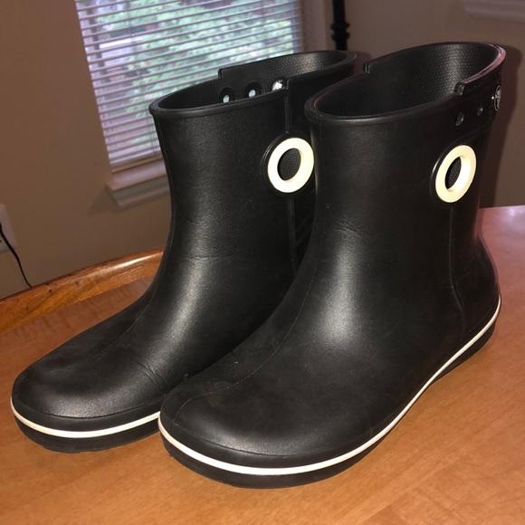 crocs ankle rain boots